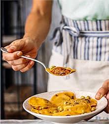 Imagen instagram cocinero con cuchara